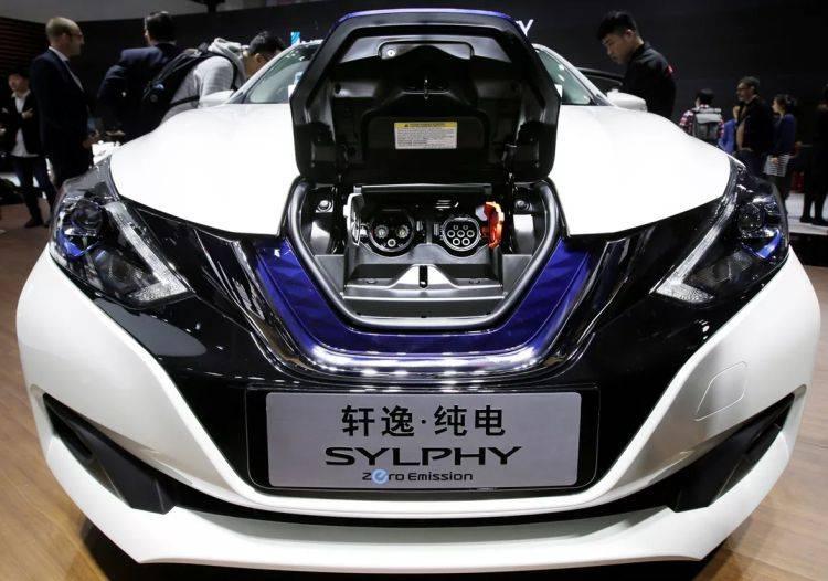 Nissan launcht elektrischen Sylphy