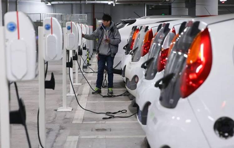 Der Hype um Elektro- und Hybridautos