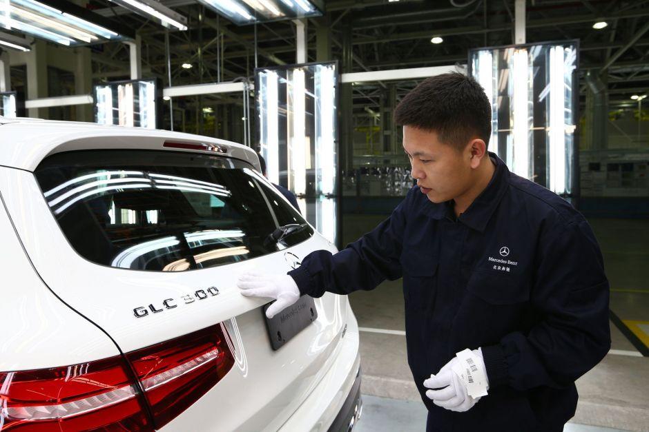 remium Hersteller senken Preise in China